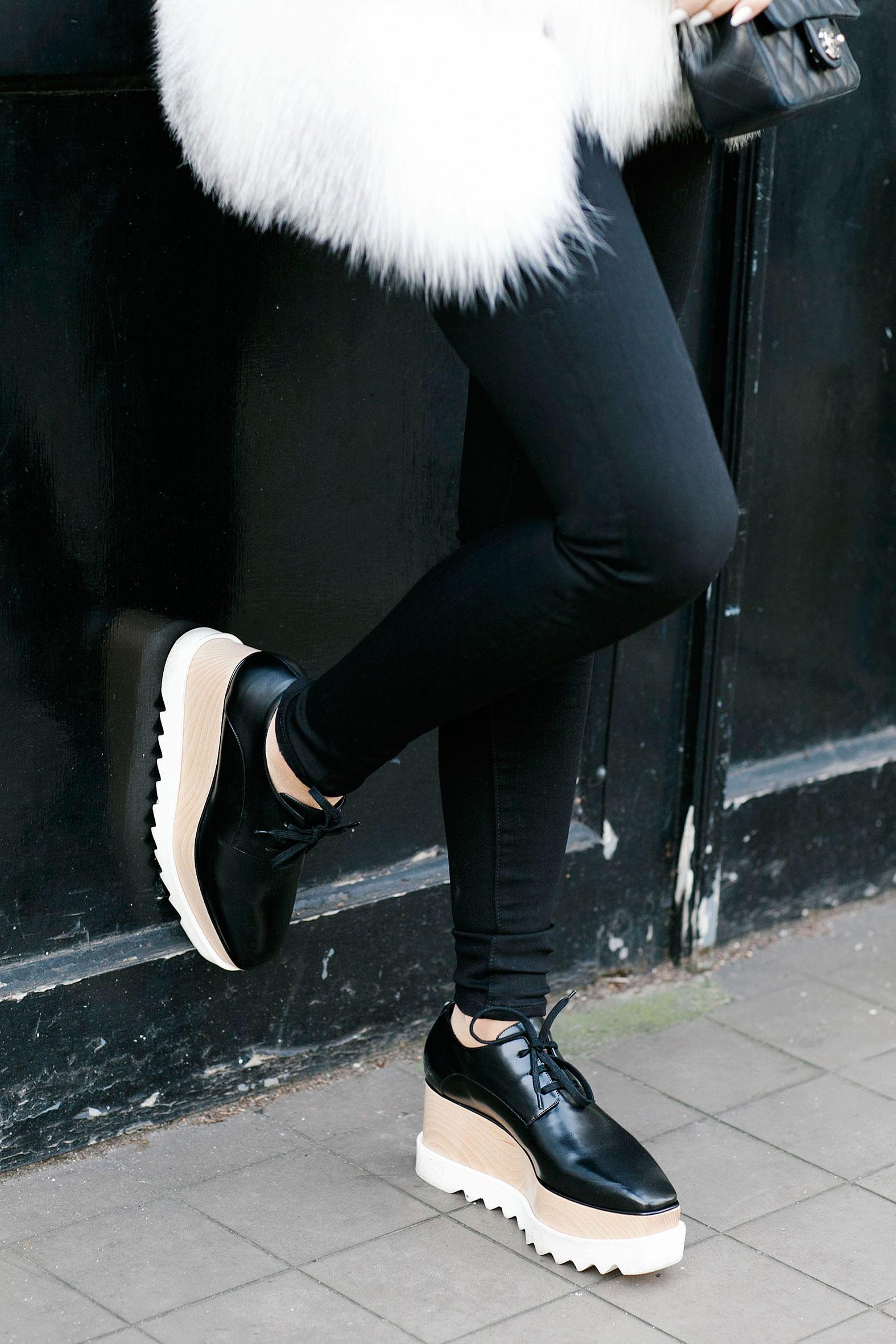 7 More Minutes. Fashion, travel and lifestyle blog by Alyona Gasimova. Flatforms. Stella McCartney. www.7moreminutes.com