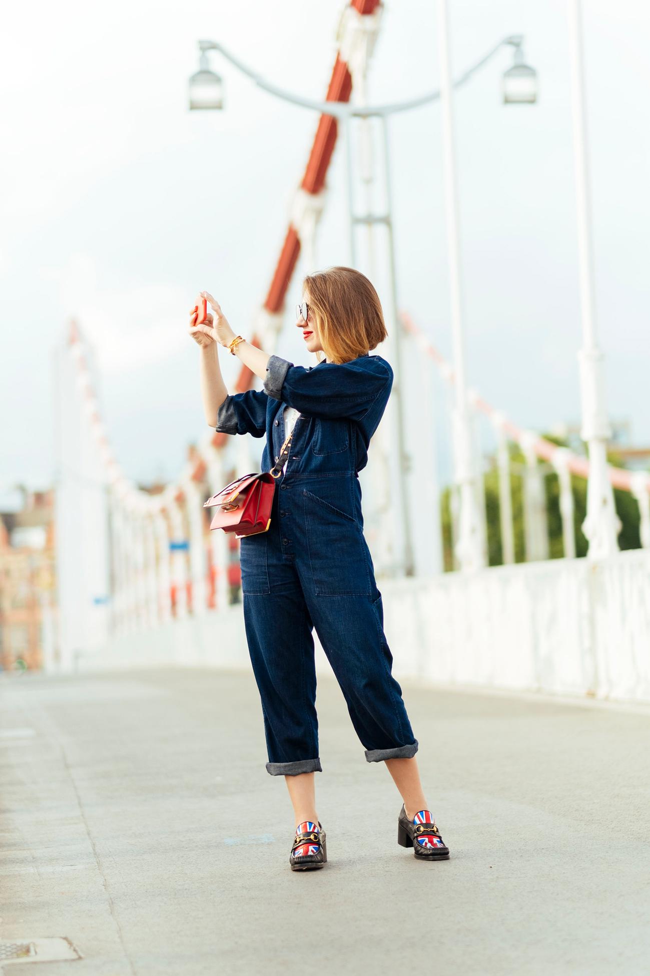 7 More Minutes. Fashion, travel and lifestyle blog. Блог Алены Гасимовой. Осенний Вопрос. Джинсовый Комбинезон. www.7moreminutes.com